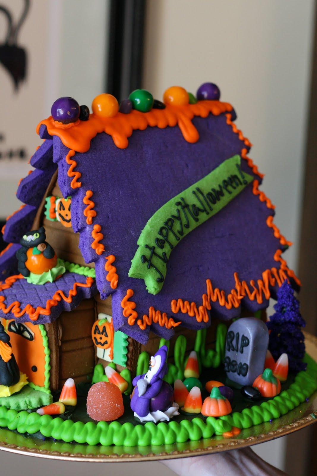 Halloween Gingerbread House Christmas In Clinton